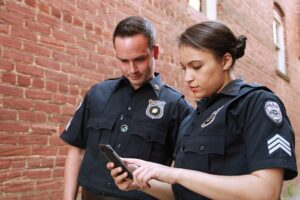 In-House Security Guards vs. Contracted Security Services